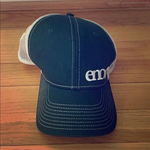 Eno forest green trucker hat nwot